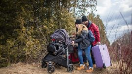 Refugees fleeing US for asylum in Canada