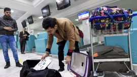 EU, US debating expanding airline laptop ban