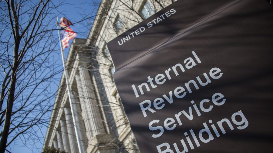 Charge: Man mailed fake bomb, severed finger to IRS