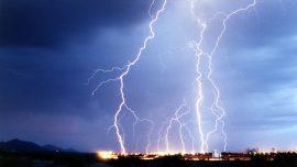 Lightning Strike at Florida Beach Leaves 8 Injured
