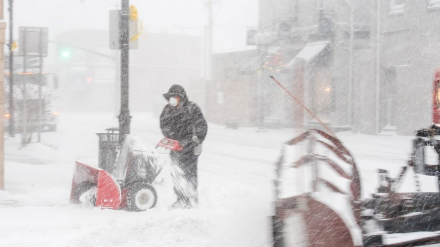 'Significant' Mid-Atlantic Winter Storm May Bring Travel Disruptions and Power Outages: NWS