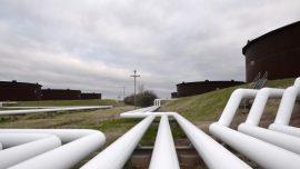 Businesses, Representatives Clash Over Enbridge Pipeline