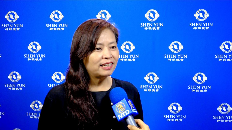 Hsinchu City Deputy Mayor Spellbound by Shen Yun Symphony Orchestra