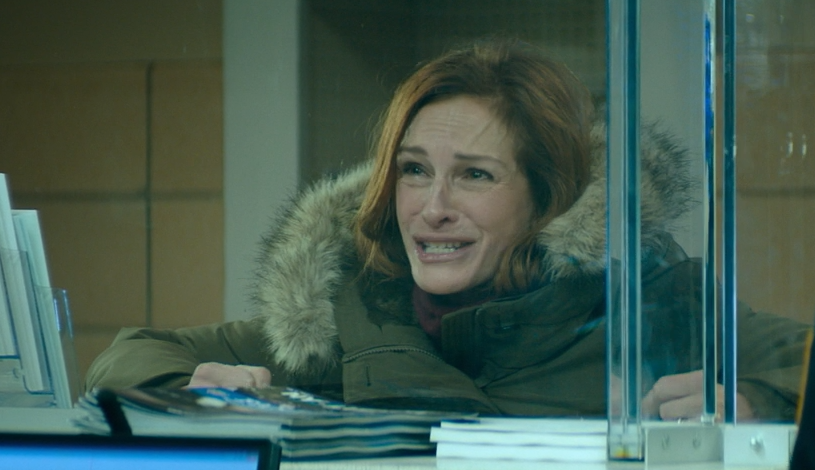 "Julia Roberts plays Holly Burns in ""Ben is Back."""