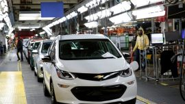 Exclusive: U.S. Agency in Talks With GM to Deploy Some Cars Without Steering Wheels