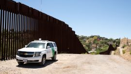 6 Illegal Immigrants Dead, 5 Critically Injured After SUV Crashes Near Border