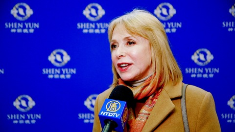 Film Producer Returns to See Shen Yun, Enjoy All New Production