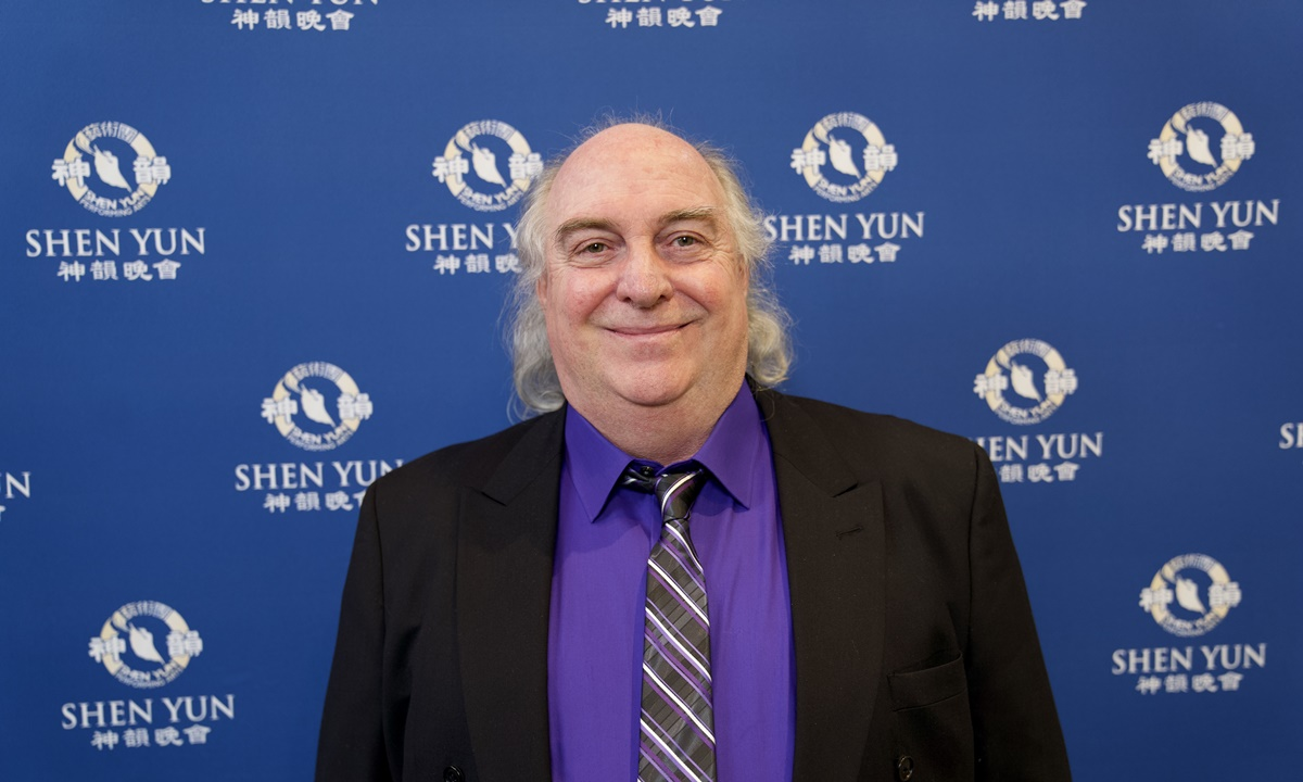 Musician Finds Shen Yun Performance 'Interesting and Educational'