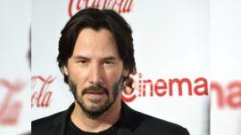 Keanu Reeves's Fans Spot 'Respectful' Gesture in Photos