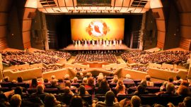 Shen Yun Shows French Audiences in Nice What True Art Is