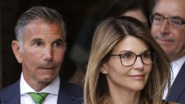 Lori Loughlin, Other Parents Who Plead Not Guilty in College Scandal Taking Big Risk: Experts