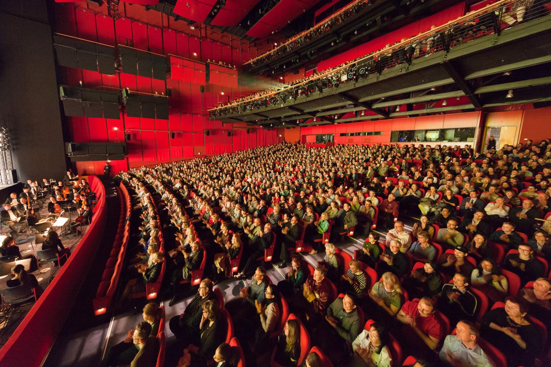 Shen Yun Impresses in Berlin