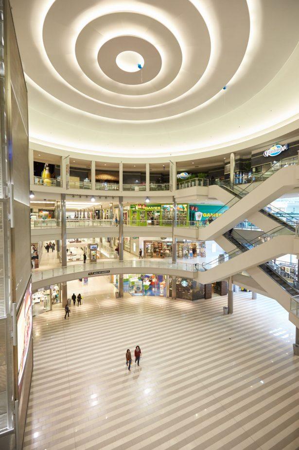 mall_464279702