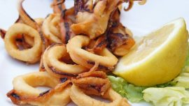 American Tourists Complain After Paying $935 for Beers, Calamari, Salads