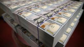 Economist: US Economy Is Addicted to Bailouts From the Fed