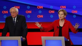 Elizabeth Warren Confirms She'd Decriminalize Illegal Border Crossings If Elected President