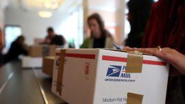 New Machine Sorts Large Mail