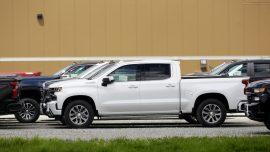 GM Recalls 814,000 Pickups, Cars to Fix Brake, Battery Problems