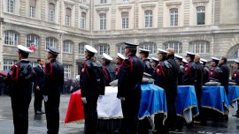 French President Pays Tribute to Killed Policemen at Paris Police Station