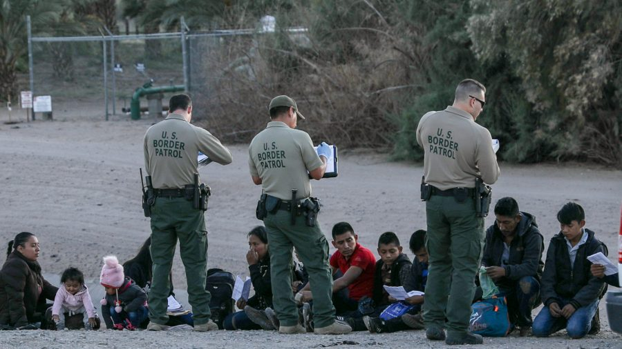 Judge Blocks Biden Administration From Limiting Arrests of Illegal Immigrants