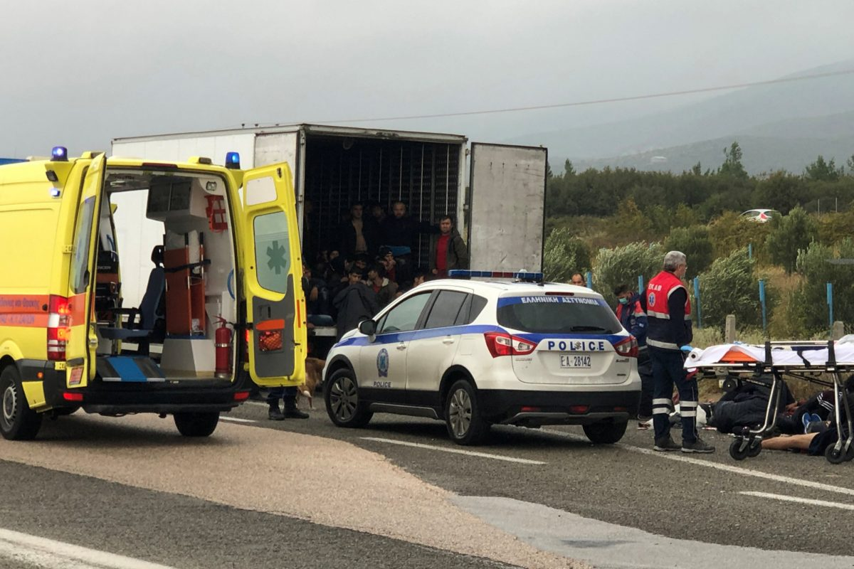 refrigerated truck carrying migrants 1