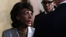 Maxine Waters Says Trump Would Invite Putin to the White House