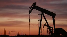 Stocks Up, Oil Down as US-Iran Tensions Ease, Investors Eye Crude Reserves