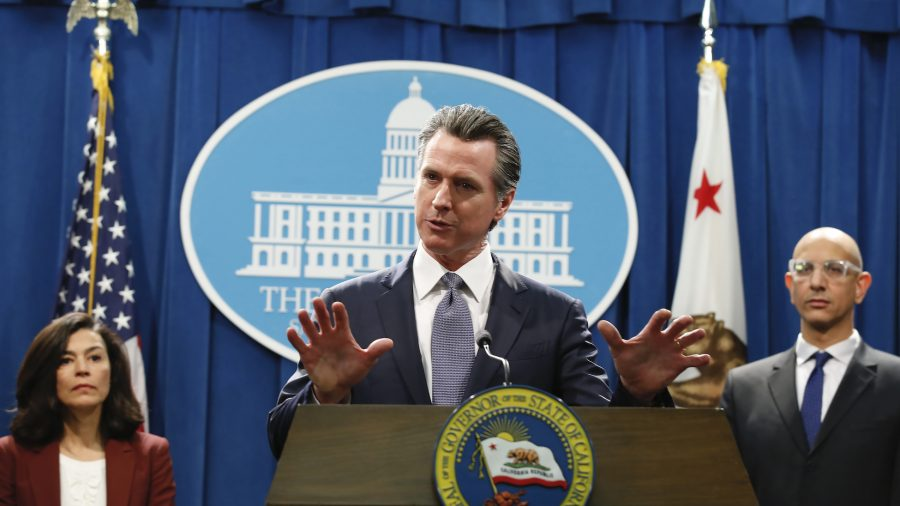 California Governor Says Most Schools Won't Reopen This Spring