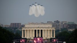 Trump: Air Force, Navy Will Perform 'Air Shows' as Tribute to Healthcare Workers