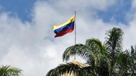 Venezuelan Naval Boat Rams Passenger Cruise Liner, Damages Itself, Sinks