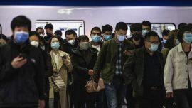 Wuhan Volunteer Threatened by Police
