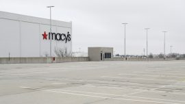Macy's Warns of up to $1 Billion Quarterly Loss Due to Lockdowns