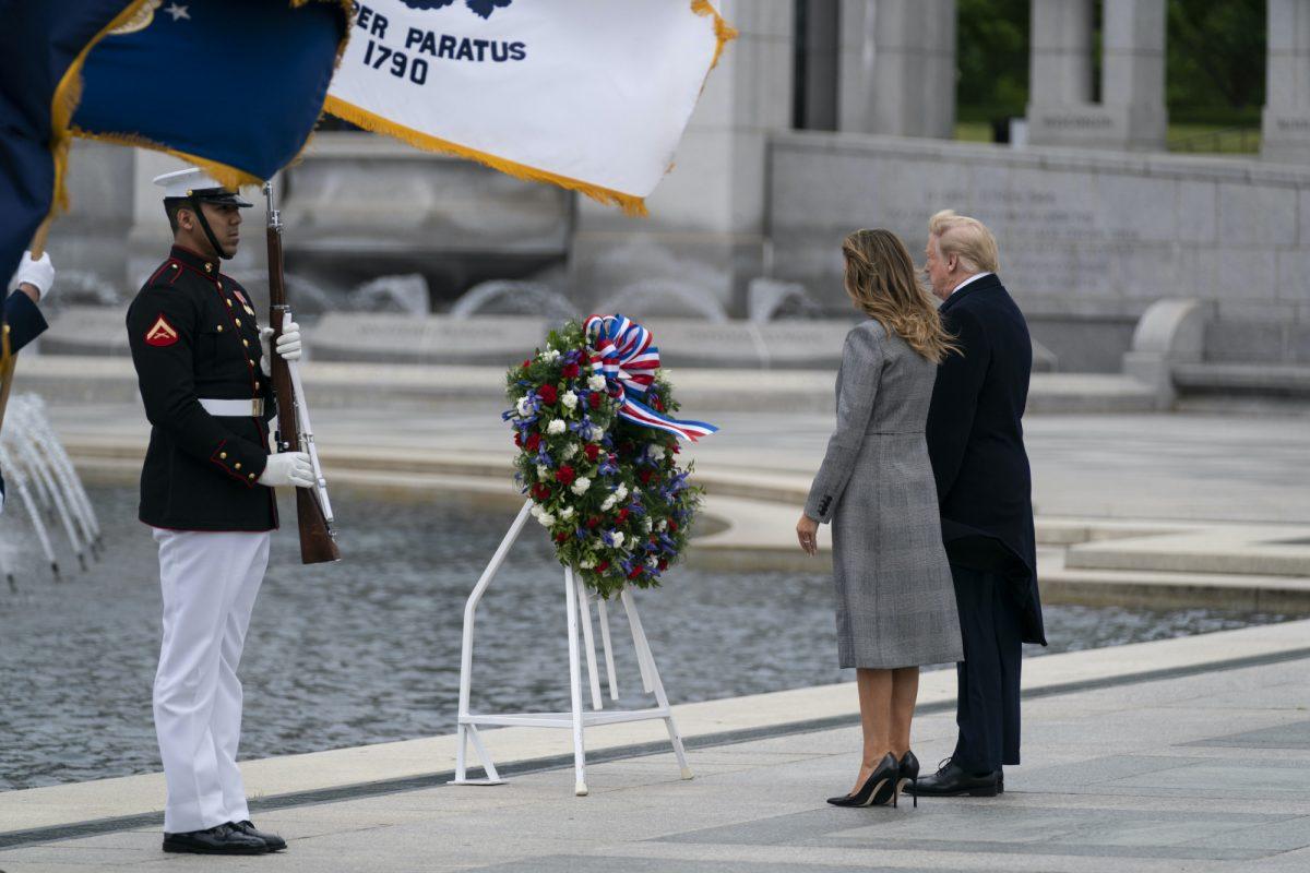 Trump WWII memorial 2