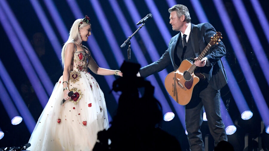 Gwen Stefani and Blake Shelton Are Engaged: 'Yes Please!'