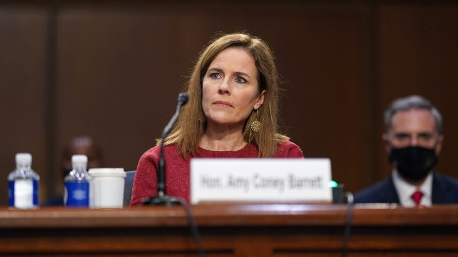 Barrett Had No Conversation With Trump on Obamacare Case, Potential 2020 Election Disputes