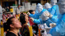 Guangzhou Halts Vaccinations, Keeps Testing