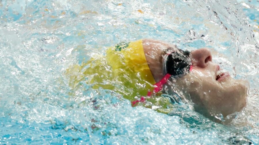 In-form McKeown Smashes Short Course 200 Meter Backstroke Record