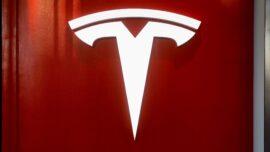 Tesla Settles Lawsuit Against Former Engineer
