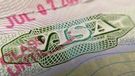 China Threatens US Over Journalists' Visas