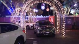 LA Drive-Through Offers Holiday Cheer