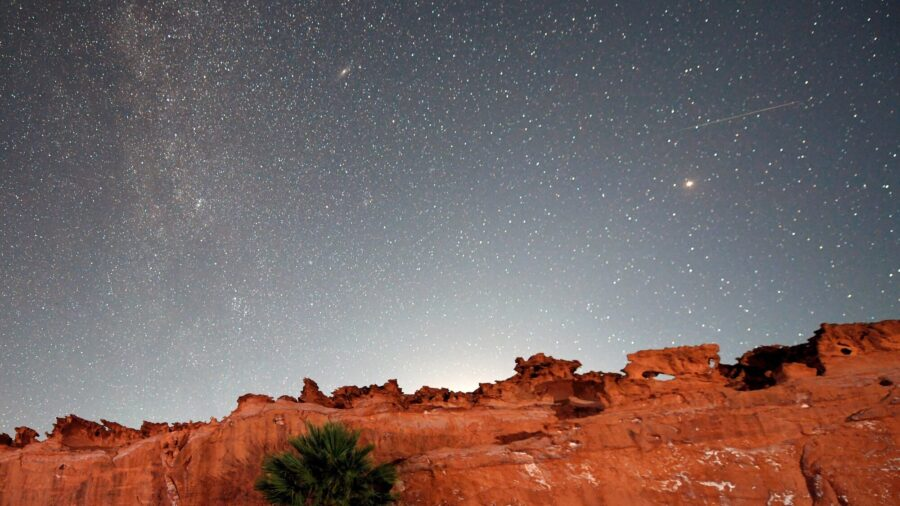 The Draconid Meteor Shower Peaks Oct. 8. Here's How to Watch