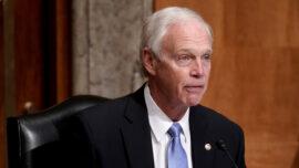 Senator Explains Spat in Fraud Hearing