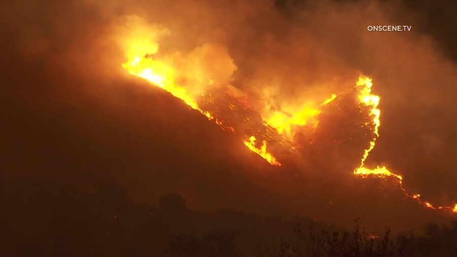 San Diego County Wildfire Prompts Evacuations at Camp Pendleton and Nearby Area