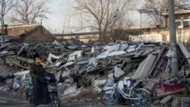 Beijing Demolishes Elderly Peoples' Homes by Force