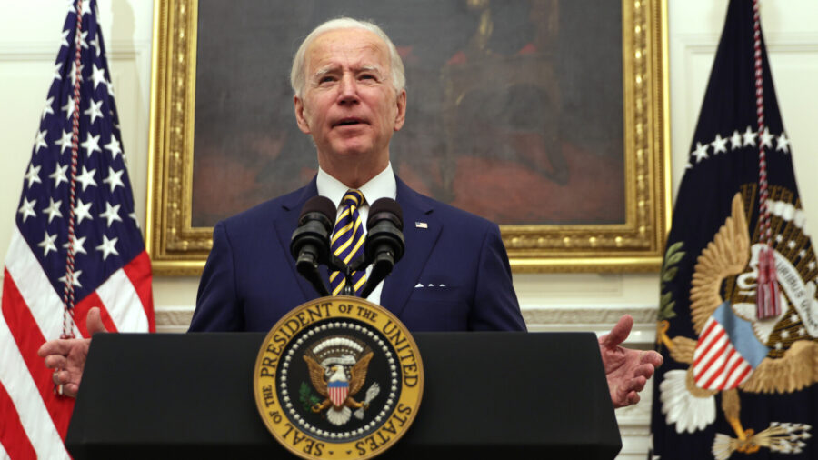 Biden Orders $15 Minimum Wage for Federal Employees, Overrides Trump Orders