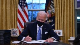 Expert: Paris Accord Not a Good Solution
