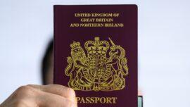 5,000 Hongkongers Applied for UK Visa in 2 Weeks