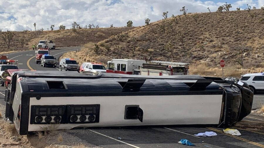 Bus Heading to Grand Canyon Rolls Over; One Dead, 2 Critical