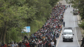 Guatemala Tries to Block US-Bound Caravan