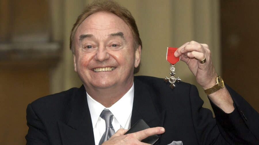 'You'll Never Walk Alone': Singer Gerry Marsden Dies at 78